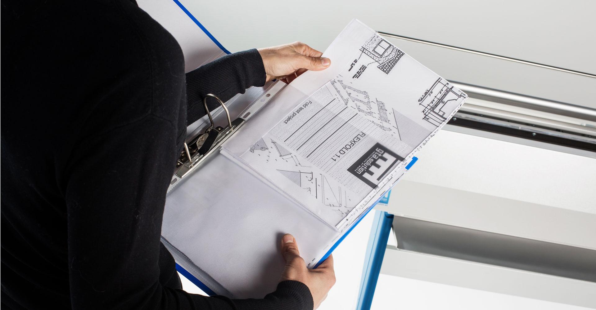 piegatrice, folding machine, piegare, piegafogli, ufficio, carta, plotter, disegni, Jesi, Ancona, Marche, ergonomia, A4, piega, fogli, patent, pending,